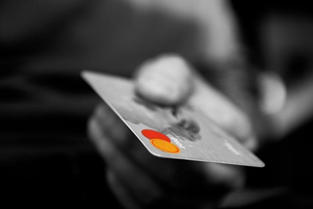 Come Noleggiare un'Auto Senza Carta di Credito: la Guida